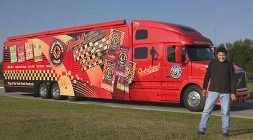 Luxury peterbilt motorhomes autos post for Peterbilt motor coach for sale